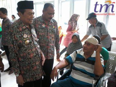 SIDAK. Wali Kota Mojokerto Mas'ud Yunus didampingi Kabag Humas Choirul Anwar beberapa waktu lalu melakukan sidak di RSUD Wahidin Sudirohusodo Kota Mojokerto. Wali Kota mengaku puas dengan pelayanan rumah sakit.