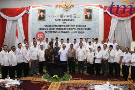 Rapat Koordinasi dan Penandatanganan Komitmen Bersama Program Pemberantasan Korupsi Terintegrasi di Pemerintah Provinsi Jawa Timur (3)
