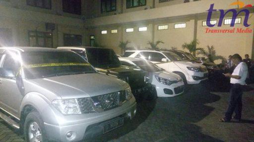 KPK kembali menyita kendaraan pasca penahan Bupati Mojokerto
