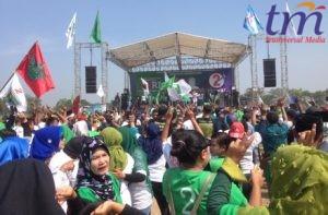 Massa Kampanye ASRI Memenuhi Lapangan Raden Wijaya Surodinawan kota Mojokerto. Minggu (13/5/2018)