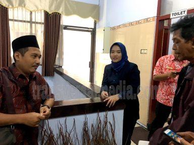 Pimpinan DPRD Kota Mojokerto menyampaikan komentarnya atas keijakan Walikota Mojokerto